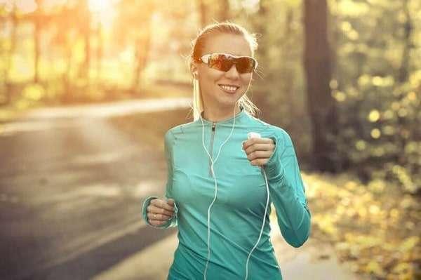 پوشش مناسب برای دویدن در هوای گرم