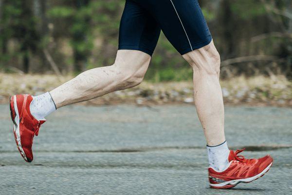 فرود پا هنگام دویدن | بررسی هر ۳ نوع فرود پا